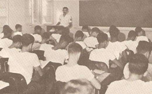 2-08 Sala de aula